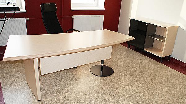 Standard Concept töölaud ja kapp, Ikea Markus töötool