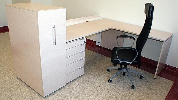Standard Piano töölaud sahtliploki ja konteineriga, Ikea Markus töötool