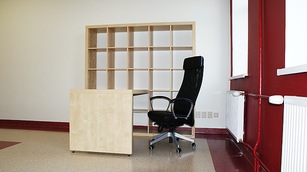 Ikea Expedit riiul-töölaud, Ikea Markus töötool